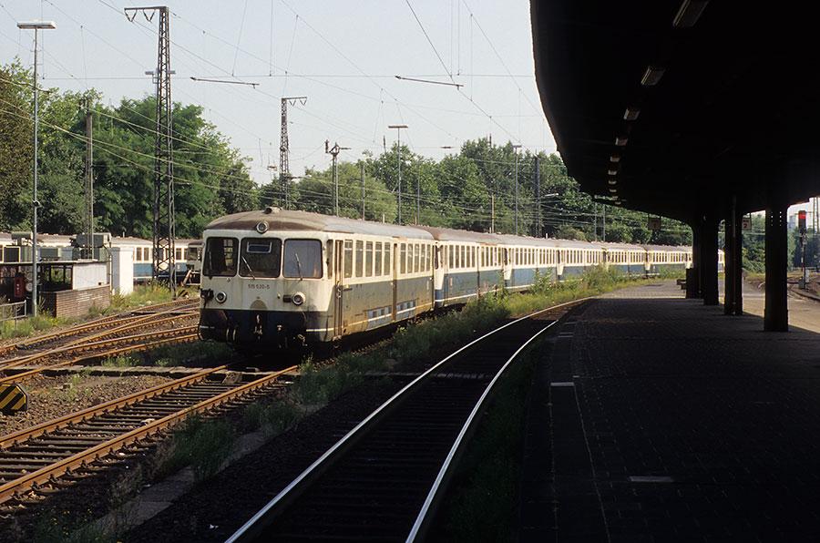 http://www.deltat-photo.de/bilder/02AKR9/04boeir7.jpg
